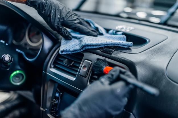 auto detailing wnetrza samochodu w serwisie myjni 266732 1467